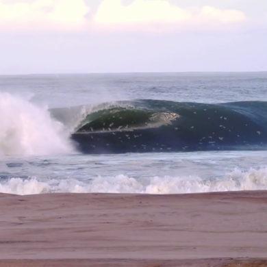 Vidéo de surf de Marc Lacomare surfeur pro français